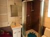 Łazienka noclegi zacisze w pokóju fioletowym